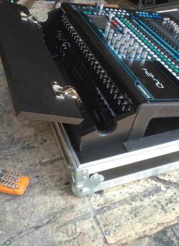 geluid case mengtafel flightcase aluminium